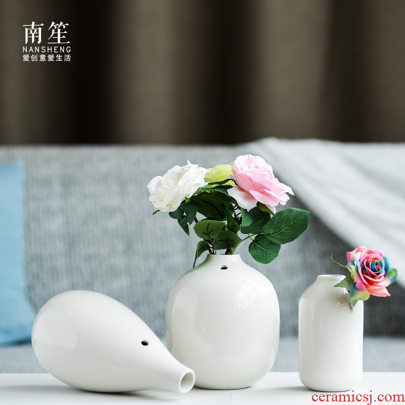 Nan sheng mesa of I and contracted household act the role ofing is tasted furnishing articles white ceramic vase simulation flowers, dried flowers, floral outraged
