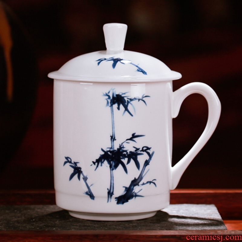 Jingdezhen ceramic cup ipads porcelain cup, office cup and cup with cover cup cup by patterns to send gifts