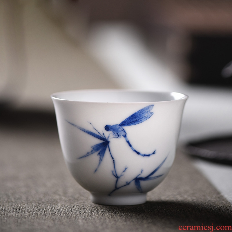 JingJun jingdezhen kung fu tea cups ceramic sample tea cup hand - made of blue and white porcelain cups cup personal Lord