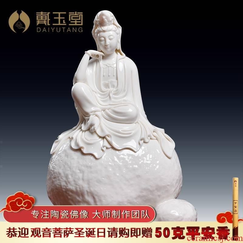 Yutang dai dehua white porcelain to see if the sound of Buddha furnishing articles Zheng Jinxing manually signed a limited edition of avalokitesvara