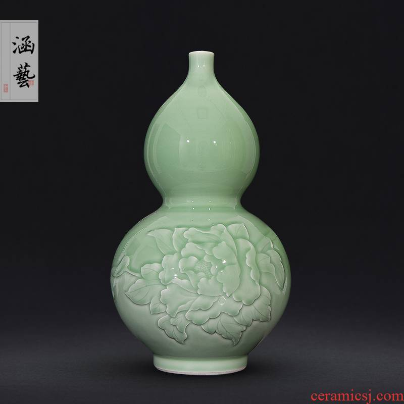 Jingdezhen ceramics shadow green new Chinese style living room porch carved gourd vase flower adornment handicraft furnishing articles