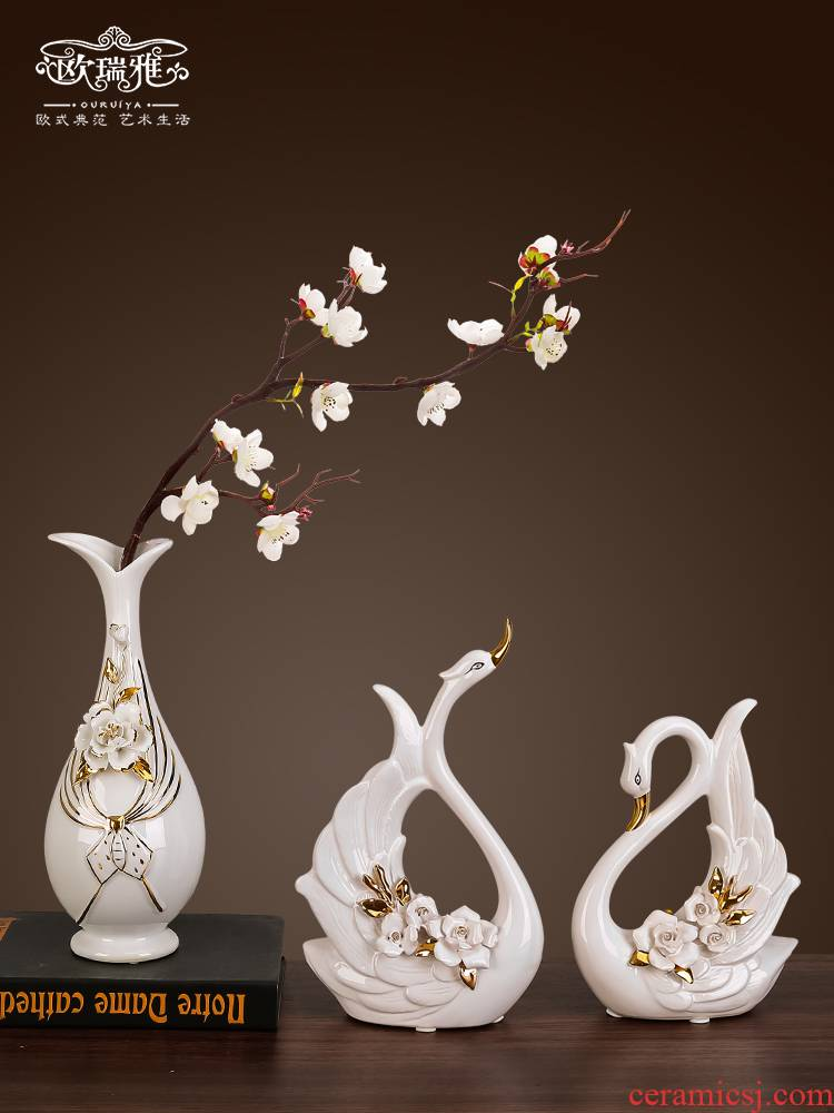 Wedding present practical household adornment European - style craft porcelain swan sitting room place, creative gifts Wedding gifts