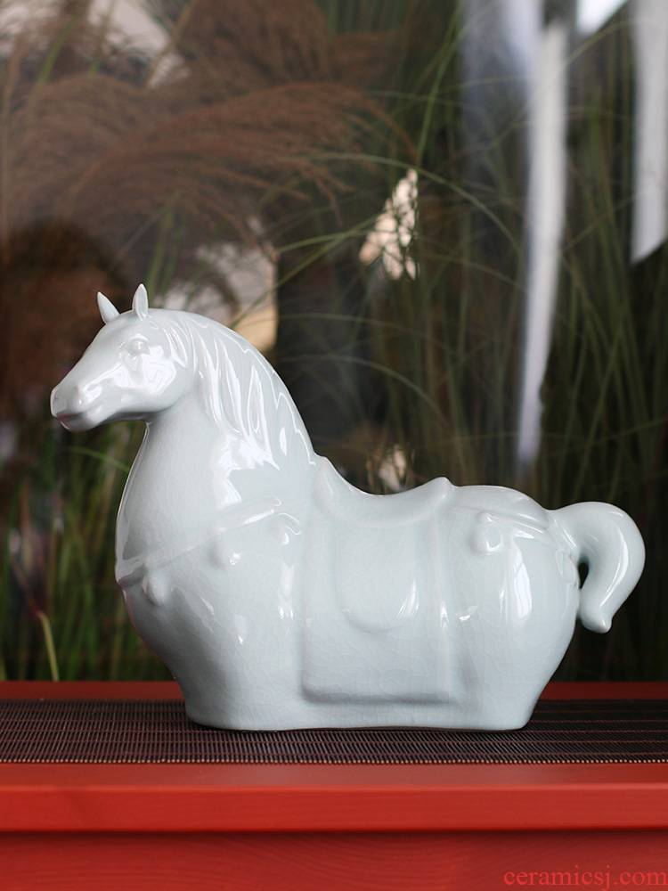 Longquan celadon horse furnishing articles furnishing articles furnishing articles of jingdezhen ceramics sitting room feng shui feng shui clear soup WoGuo