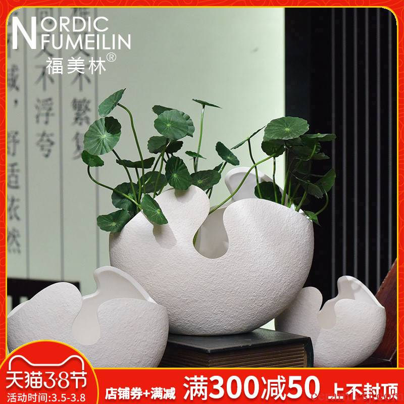 Nordic contracted and I white ceramic vase three - piece furnishing articles dried flowers flower arrangement desktop hydroponic flower receptacle
