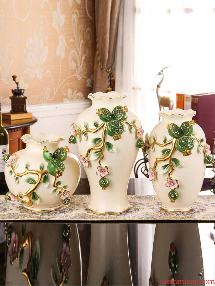 Vase European - style home decoration ceramic vases, flower implement furnishing articles simulation flowers, dried flowers, flower arrangement suits for sitting room decoration