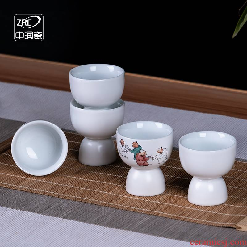 Jingdezhen ceramic Chinese wine liquor small glass wine bottle wine a small handleless wine cup goblet wholesale customized gifts