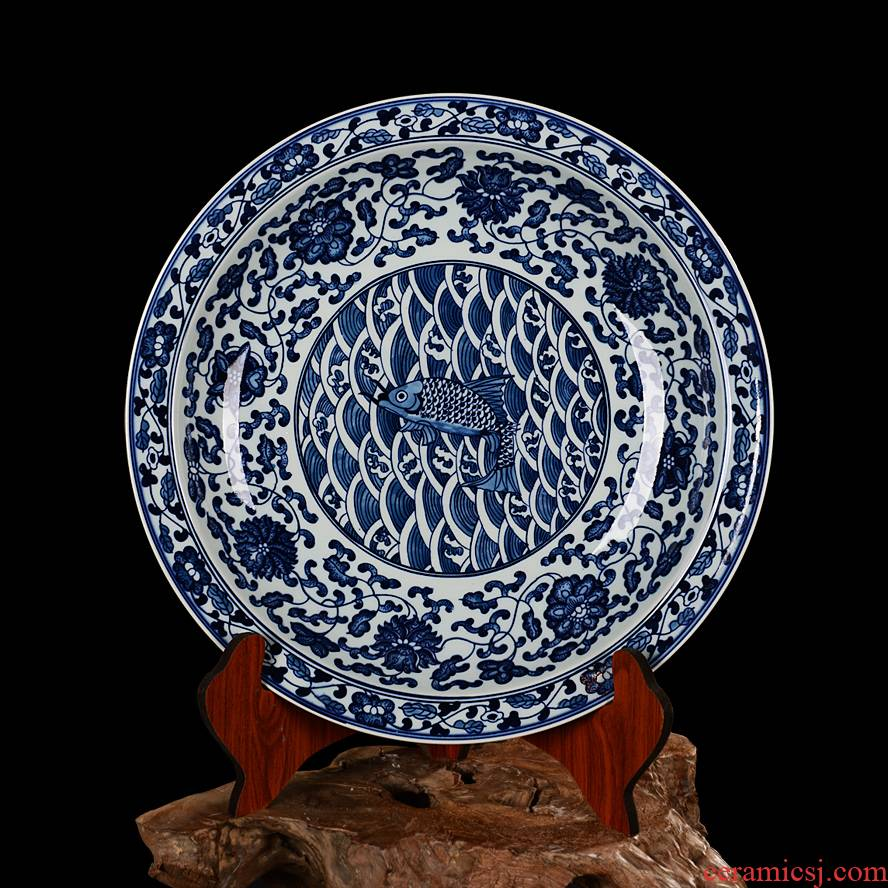 Jingdezhen ceramics fine hand antique blue and white porcelain plate hanging dish dish every year more than hanging at home