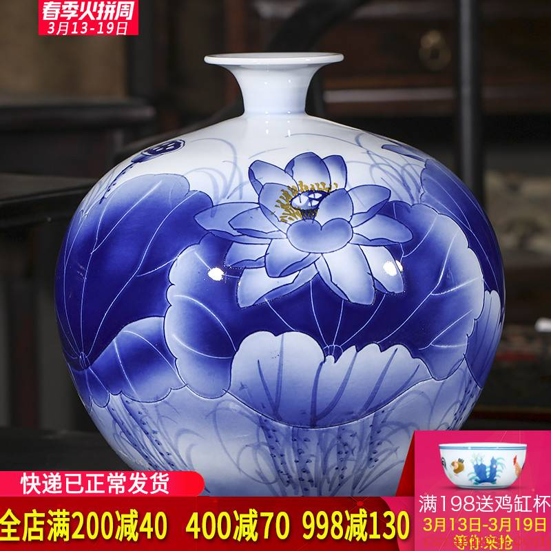 Hand draw freehand brushwork in traditional Chinese jingdezhen ceramics scent vase Chinese sitting room porch ark adornment office furnishing articles