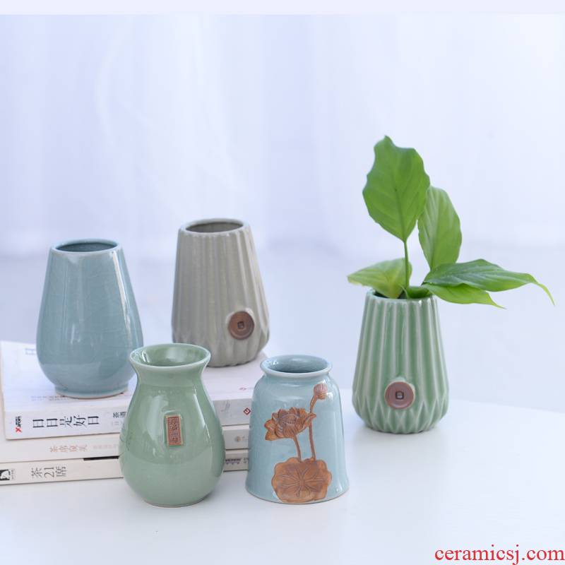 Ceramic small pure and fresh and vase hydroponic plant contracted desktop spends money plant water raise grass cooper elder brother up flower arranging furnishing articles