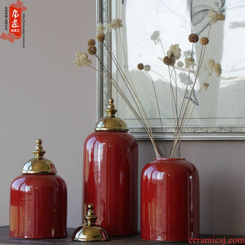 Jingdezhen ceramic vase furnishing articles gilded the lid tank bright red hand with classical household pure glaze decoration