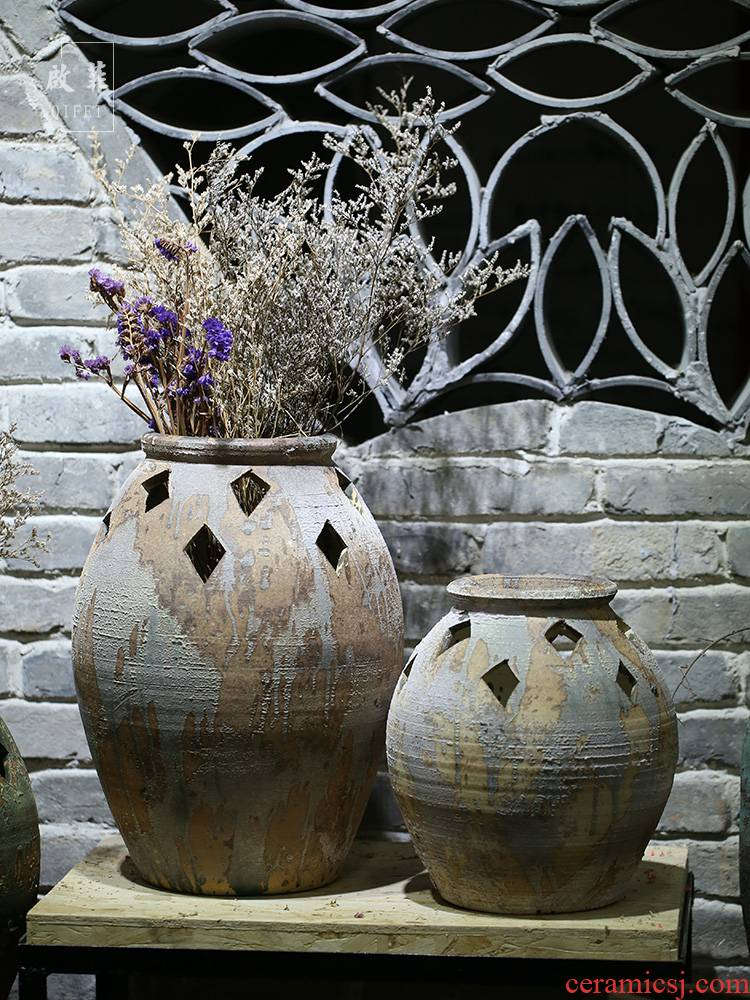 Jingdezhen ceramic coarse pottery vase special - shaped hollow out flowers in the sitting room porch courtyard Chinese style classical decoration furnishing articles