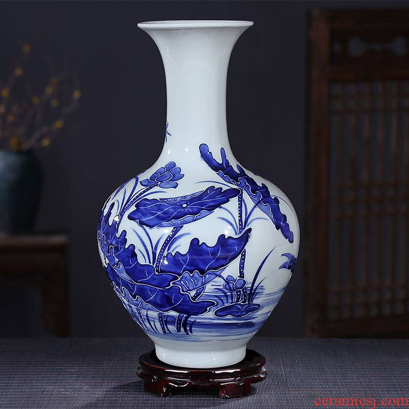 Jingdezhen ceramics craft anaglyph blue and white porcelain vases, modern household adornment handicraft decoration parts