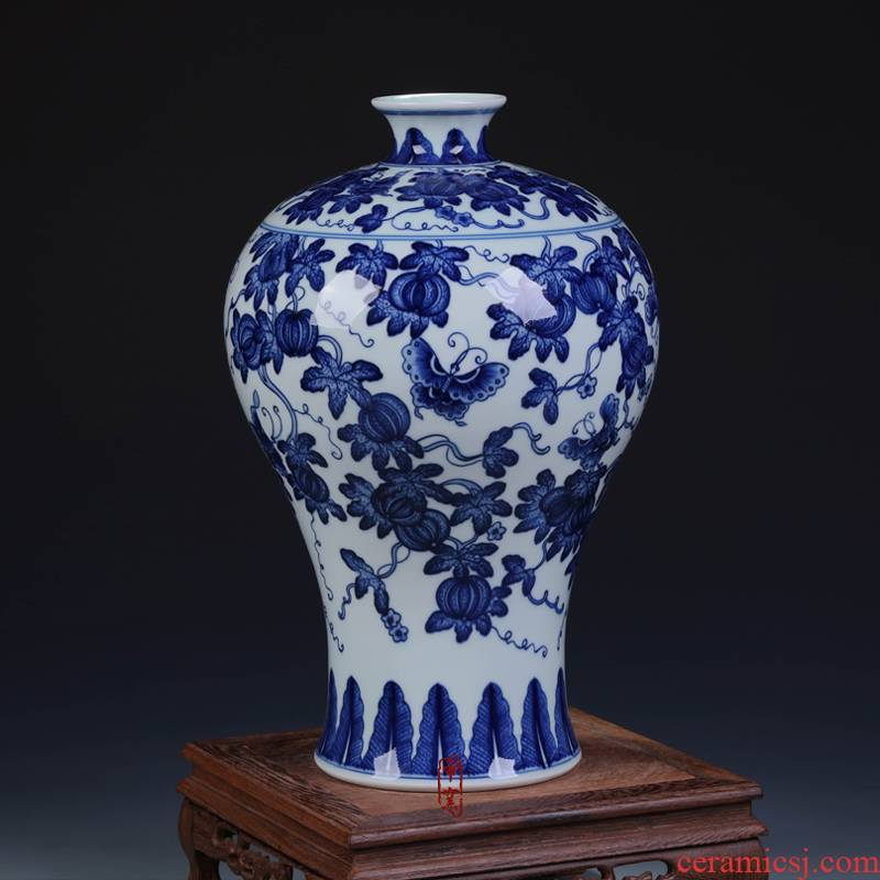 Jingdezhen ceramic antique Chinese style classical hand - made rich ancient frame blue and white porcelain vase in the sitting room porch handicraft furnishing articles