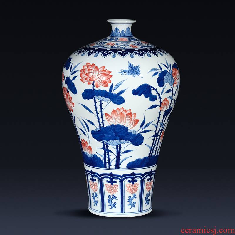Jingdezhen ceramics mei bottles of Chinese style of large blue and white porcelain vase hand - made lotus sitting room porch place