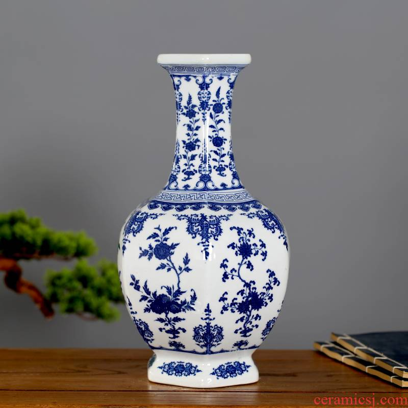 Blue and white porcelain vase rich ancient frame furnishing articles flower arranging Chinese jingdezhen ceramics sitting room home wine ark, adornment