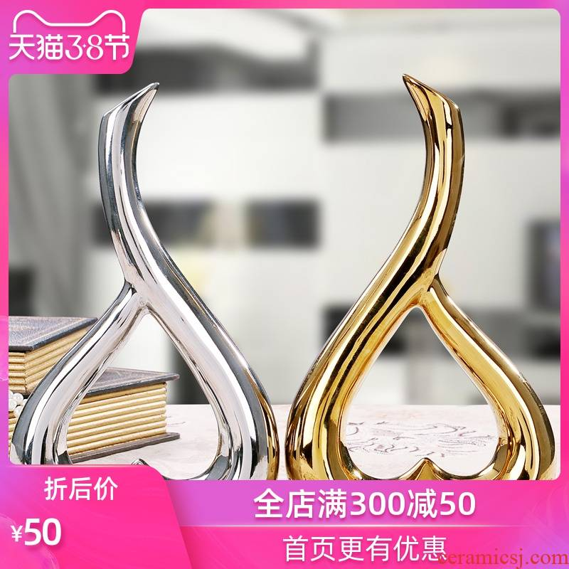 Strong sequence of jingdezhen modern ceramic arts and crafts creative furnishing articles sitting room adornment wedding gifts of gold and silver flower heart