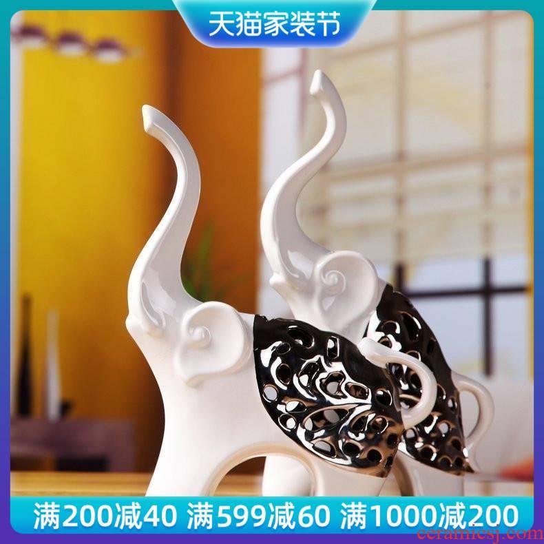 Modern auspicious ceramic elephant furnishing articles wedding gift bridal chamber silvery white European household decoration decoration
