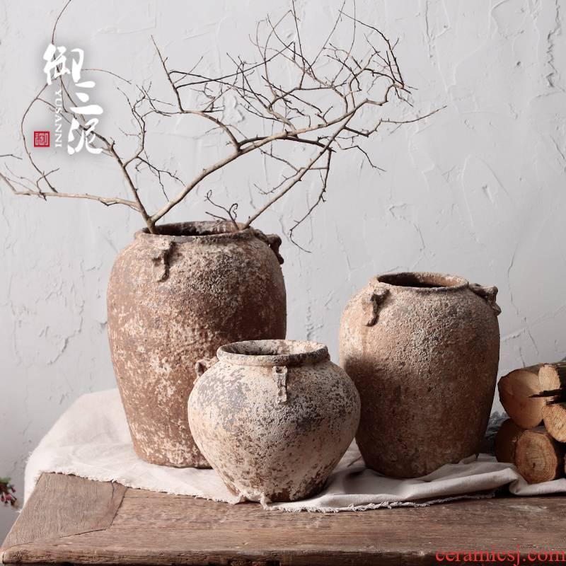 Literary retro manual coarse clay earthenware TaoHua device, fleshy dry flower vase hand made Japanese teahouse zen flowerpot