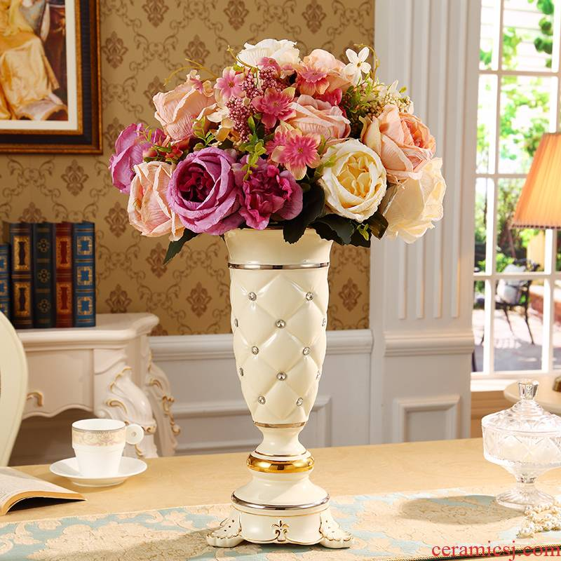 European vase furnishing articles ceramic handicraft sitting room TV ark, home decoration flower arranging flowers, dried flowers large