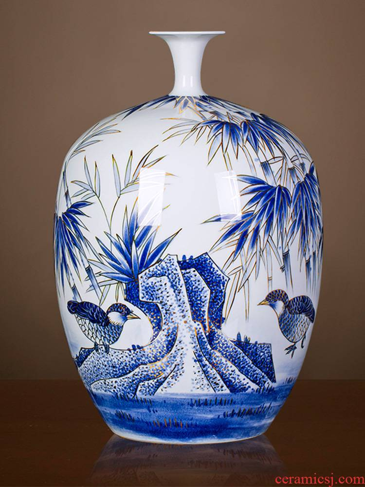 Jingdezhen ceramics vase famous master hand draw every year more than Chinese blue and white porcelain is a sitting room adornment is placed