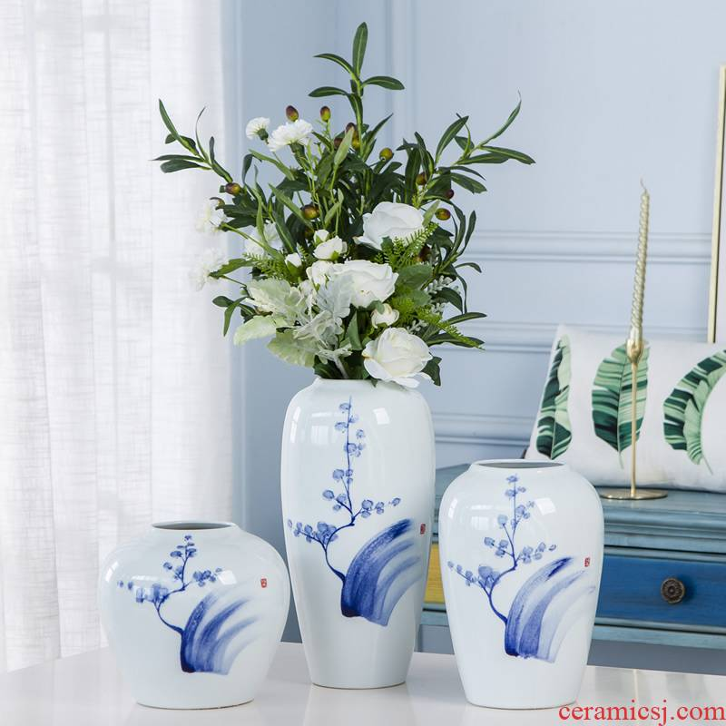 Jingdezhen ceramic vase furnishing articles dried flowers sitting room adornment flower arrangement of new Chinese style antique hand - made porcelain decoration