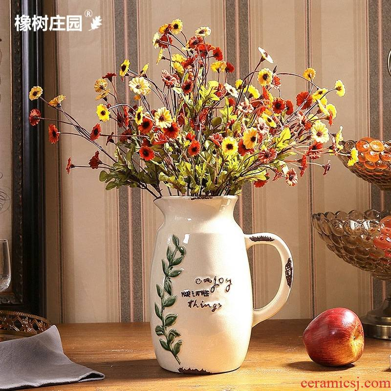 American vase sitting room simulation flower arranging flowers is placed to the Nordic creative white ceramic flower bottle table decoration
