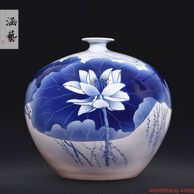 Jingdezhen ceramics hand - made of blue and white porcelain vases, flower arrangement sitting room modern antique home decoration handicraft furnishing articles