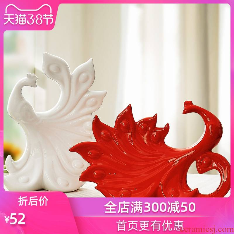 The modern home decoration home decoration wedding gift furnishing articles and checking ceramic crafts, and The peacock