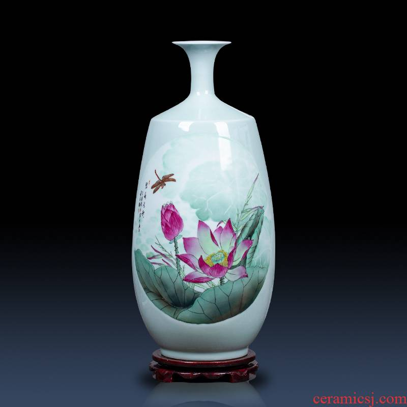 Jingdezhen ceramics vase hand - made the sitting room porch decoration of Chinese style household TV ark place wedding gift