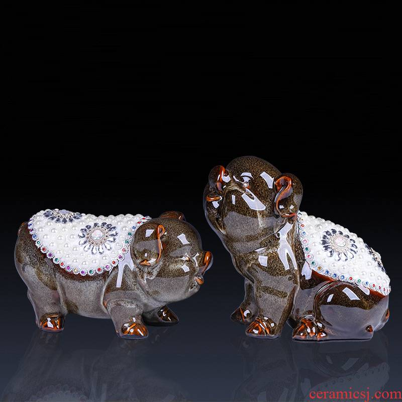 Jingdezhen ceramic blessing pig furnishing articles, lovely creative sitting room rich ancient frame study of the Chinese style decoration