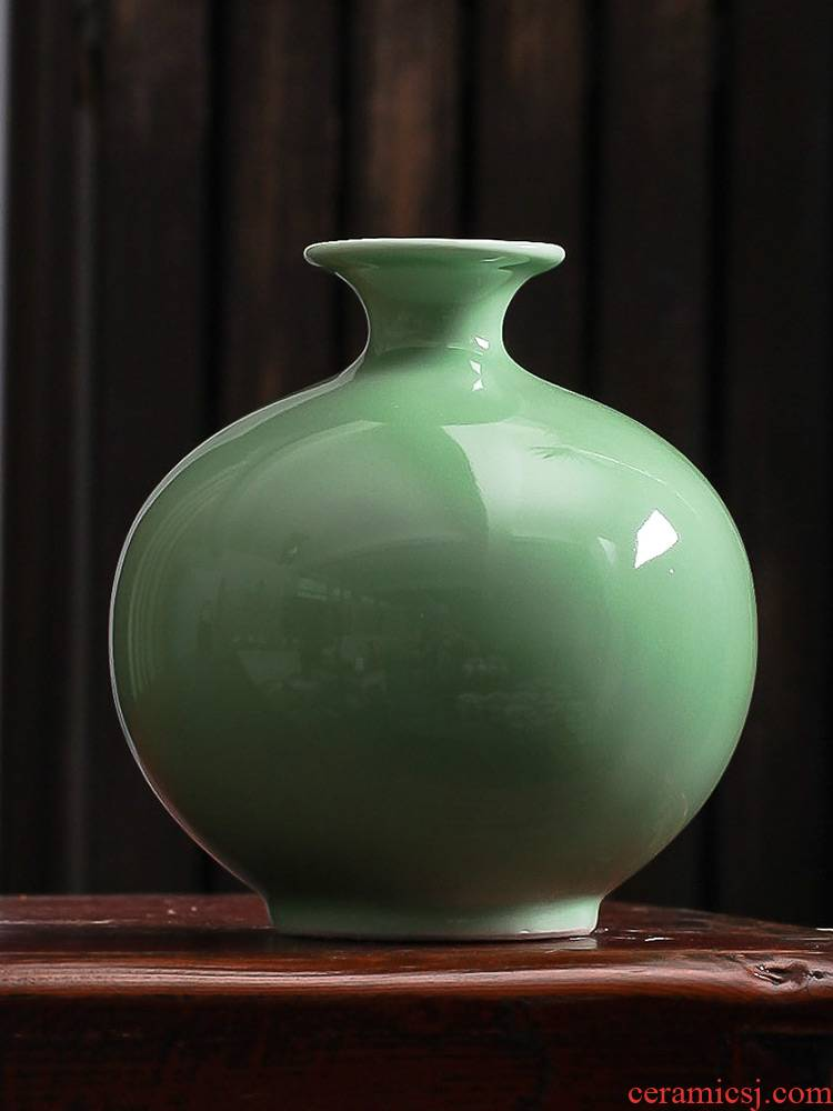 Jingdezhen ceramics archaize shadow blue glaze floret bottle place flower arrangement of Chinese style household act the role ofing is tasted wine dried flowers sitting room