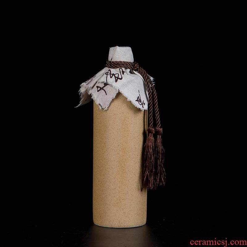 Jingdezhen ceramics hip flask glazes bottles of liquor bottles of Chinese liquor bottle to pack a kilo of mail