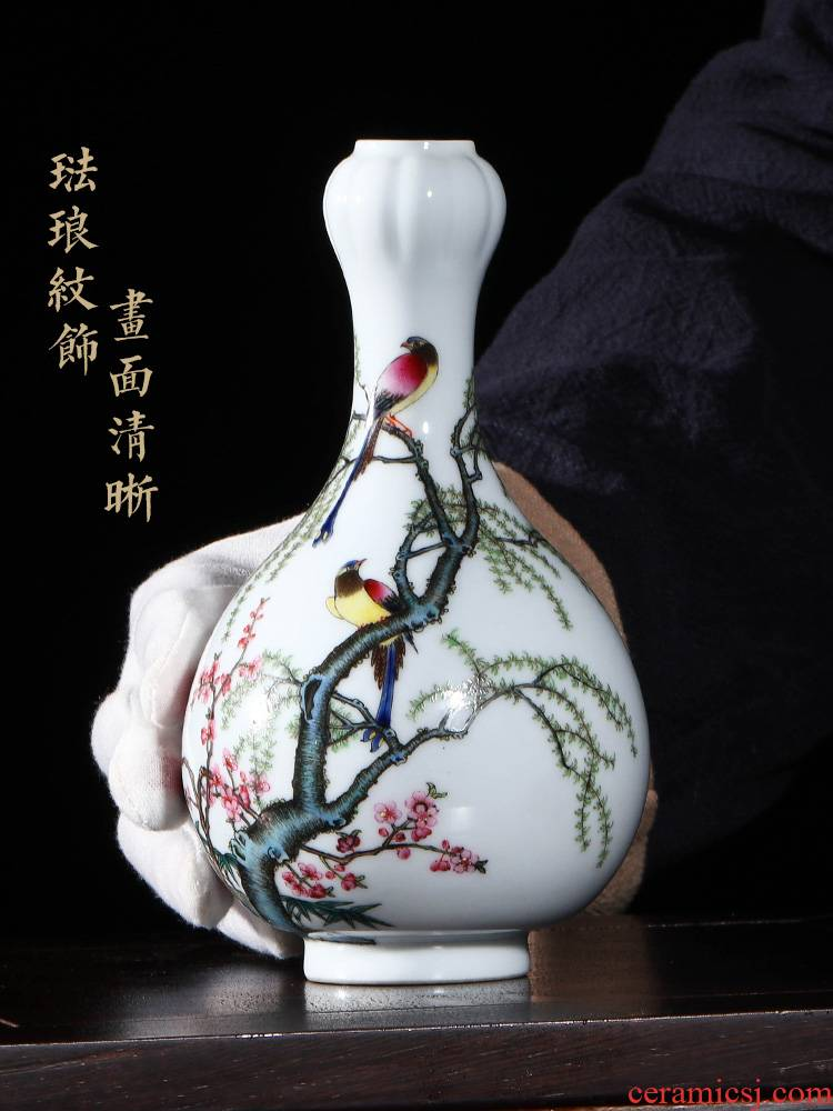 Jia lage YangShiQi the qing qianlong spring apricot and name LiuYan figure garlic bottles of jingdezhen porcelain desktop furnishing articles