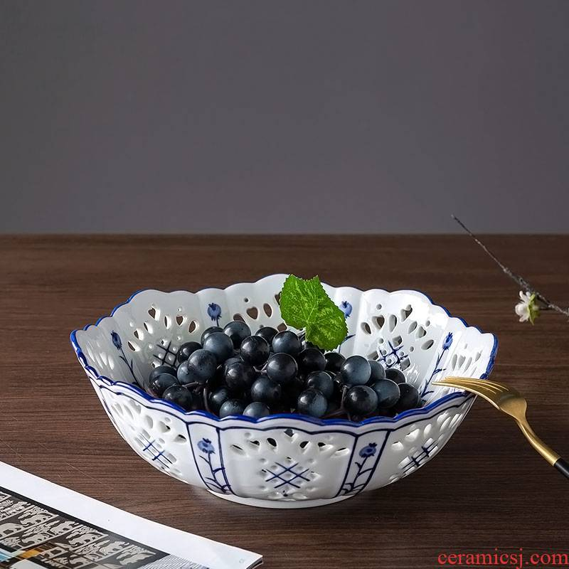 Jingdezhen ceramic fruit bowl house home furnishing articles large offerings of blue and white porcelain plate of the sitting room tea table dry fruit tray