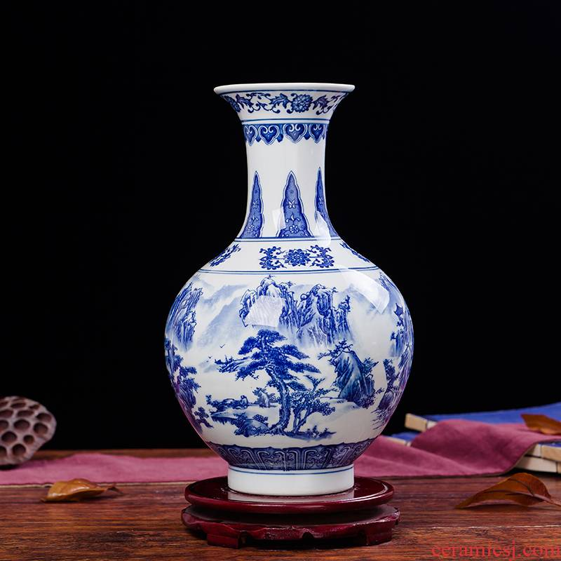 Jingdezhen ceramics antique landscape of blue and white porcelain vase flowers in I household living room decoration decoration