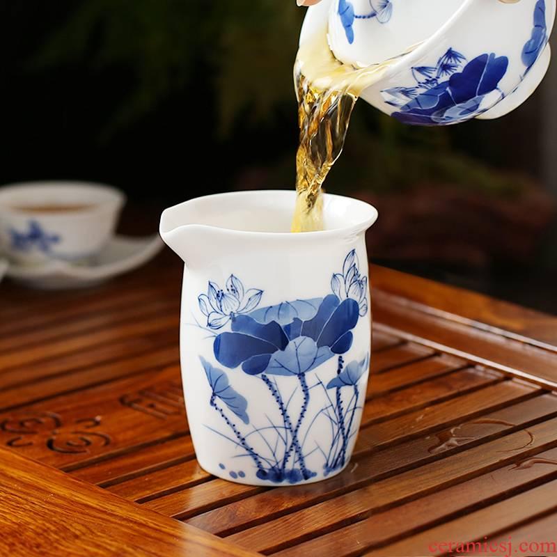Jingdezhen blue and white porcelain hand - made of hand - made fair keller installed tea tea ware ceramic tea cup refractory