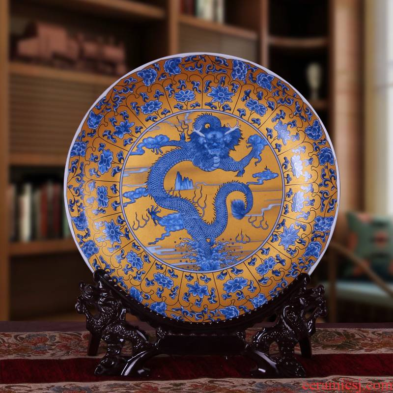 Jingdezhen ceramics sit hang dish plate decoration plate of TV setting wall furnishing articles blue and white porcelain household act the role ofing is tasted