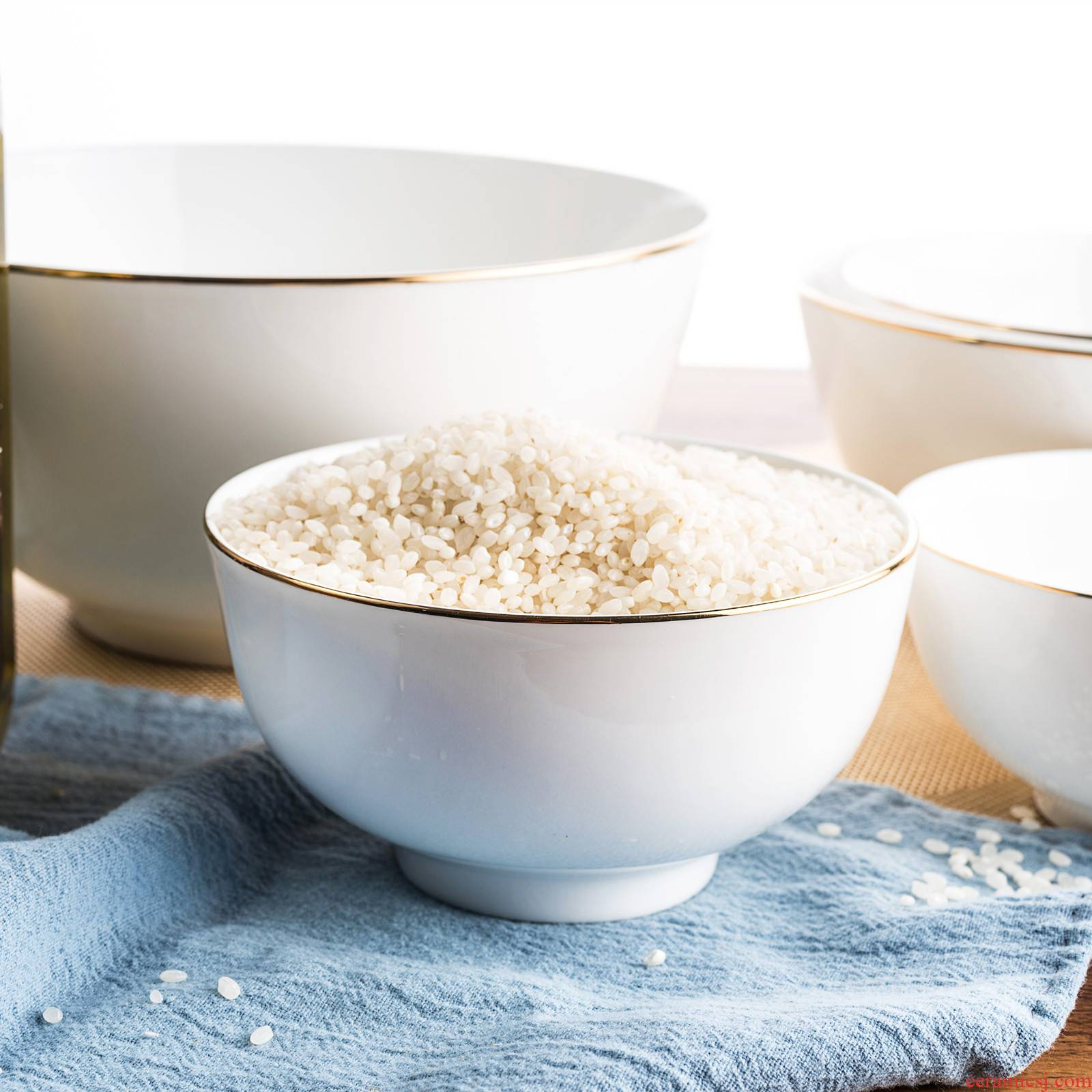 Up Phnom penh bowl of soup bowl small ceramic bowl of rice bowls with large bowl of noodles creative ipads porcelain single bowl to eat bread and butter