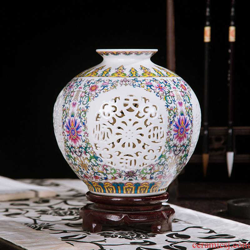 Jingdezhen ceramics vase furnishing articles hollow out modern classical porcelain sitting room ark, crafts home decoration