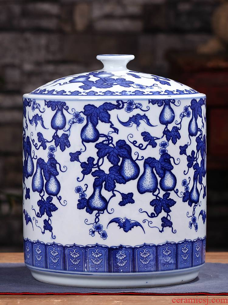 Caddy fixings ceramic seal pot store receives a large blue and white porcelain tea pot of pu 'er tea cake tin tea set
