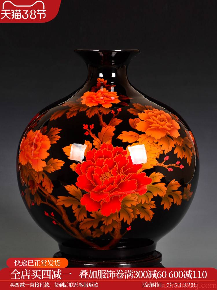 Jingdezhen ceramics Chinese flower arranging pomegranate red vase is placed the new Chinese style household living room decoration process