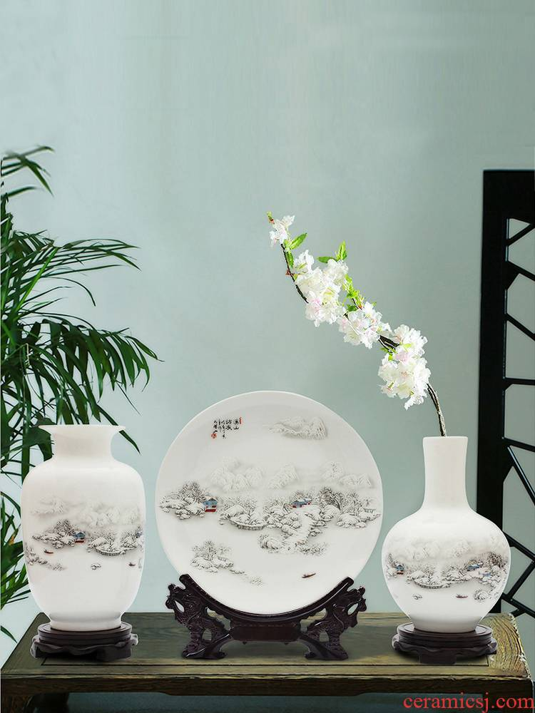 Three - piece suit of jingdezhen ceramics, vases, flower arrangement sitting room of Chinese style household adornment TV ark, small handicraft furnishing articles