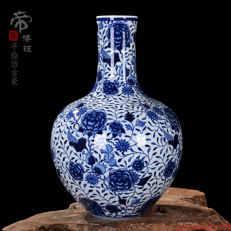 Antique vase of blue and white porcelain of jingdezhen ceramics blooming flowers tree home decoration process sitting room furnishing articles