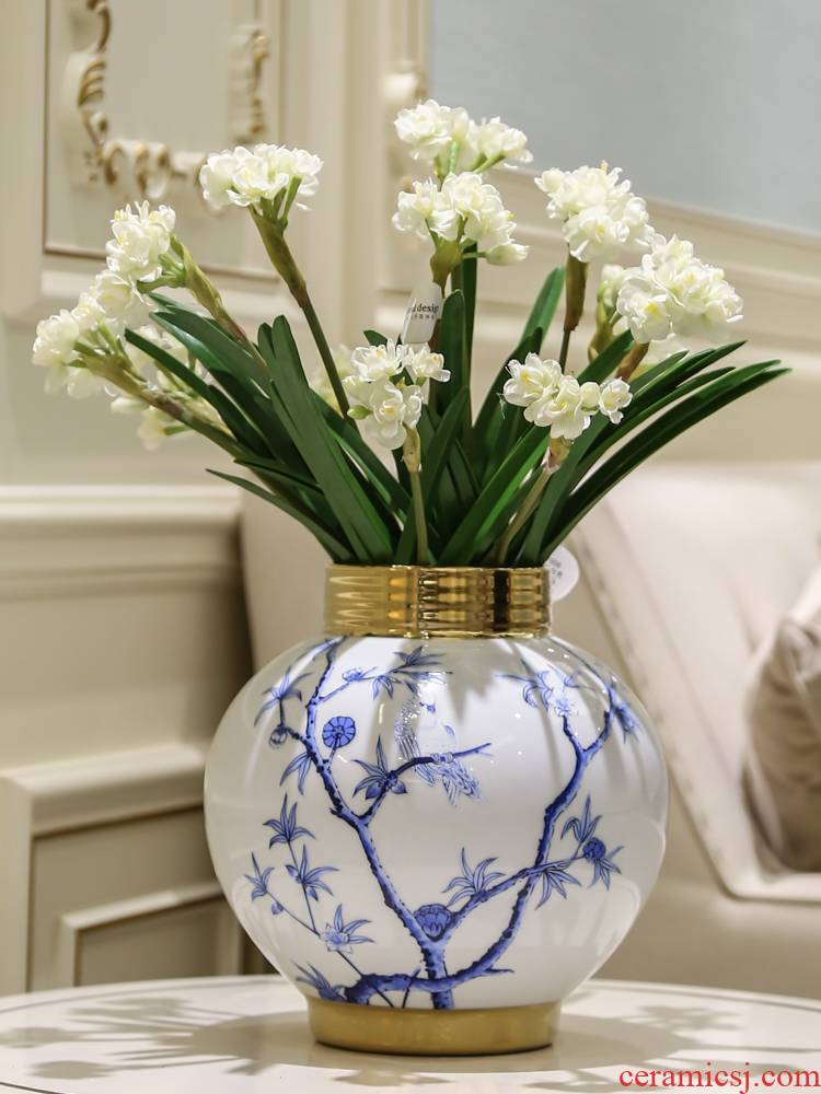 Jingdezhen light of new Chinese style key-2 luxury ceramic vases, flower arranging TV ark, place of the sitting room porch classic blue and white porcelain