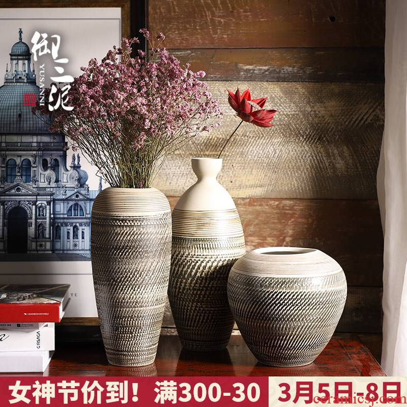 Jingdezhen ceramic small pure and fresh and small flower arrangement sitting room adornment is placed dry flower decoration creative home vase of flowers