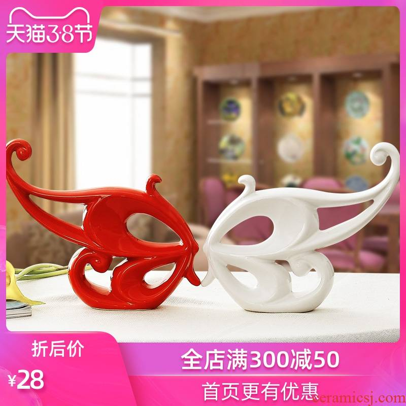 The Sequence of the strong modern home decoration home decoration marriage home furnishing articles checking ceramic crafts wedding gift butterfly fish