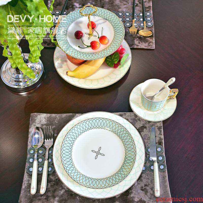 Contracted modern western - style food table between example ipads porcelain suit web celebrity ins restaurant cutlery knife and fork spoon dinner plate