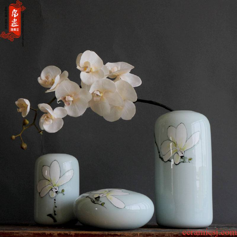 Jingdezhen ceramic vase furnishing articles dried flowers, flowers, flower arrangement sitting room porch between new Chinese style household decoration decoration plate