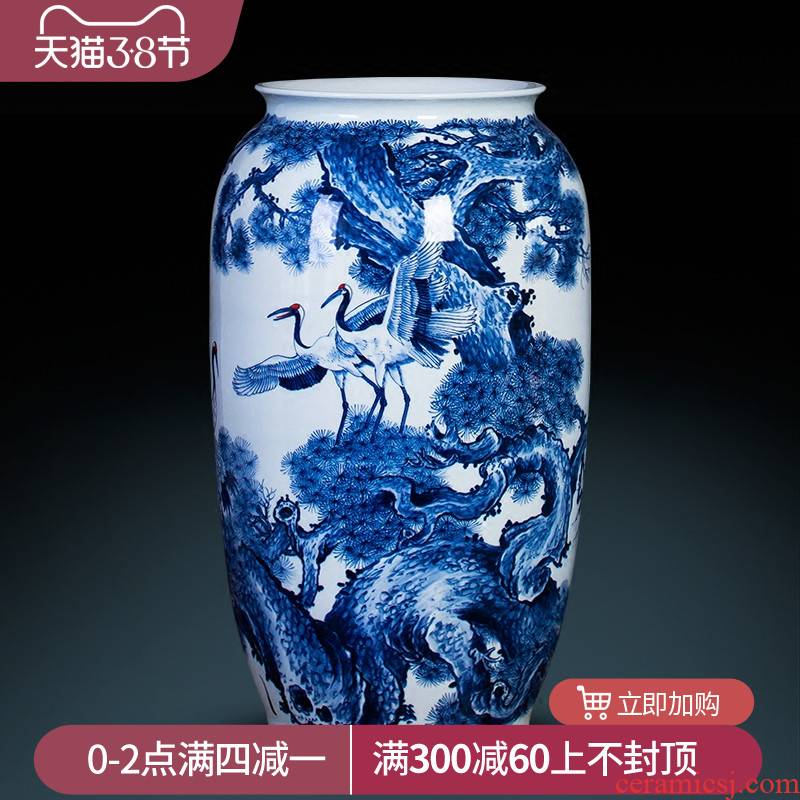 Jingdezhen ceramics hand - made ground of blue and white porcelain vase pine crane, live home sitting room adornment is placed large