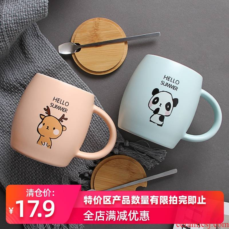 Contracted ceramic keller with spoon, high - capacity ultimately responds cup coffee cup couples creative wooden barrel cover a bigger